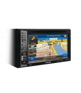 Unitate multimedia 2DIN cu navigatie incorporata Alpine INE-W990BT